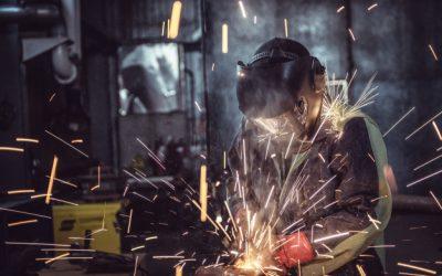 Medidas de seguridad para un soldador